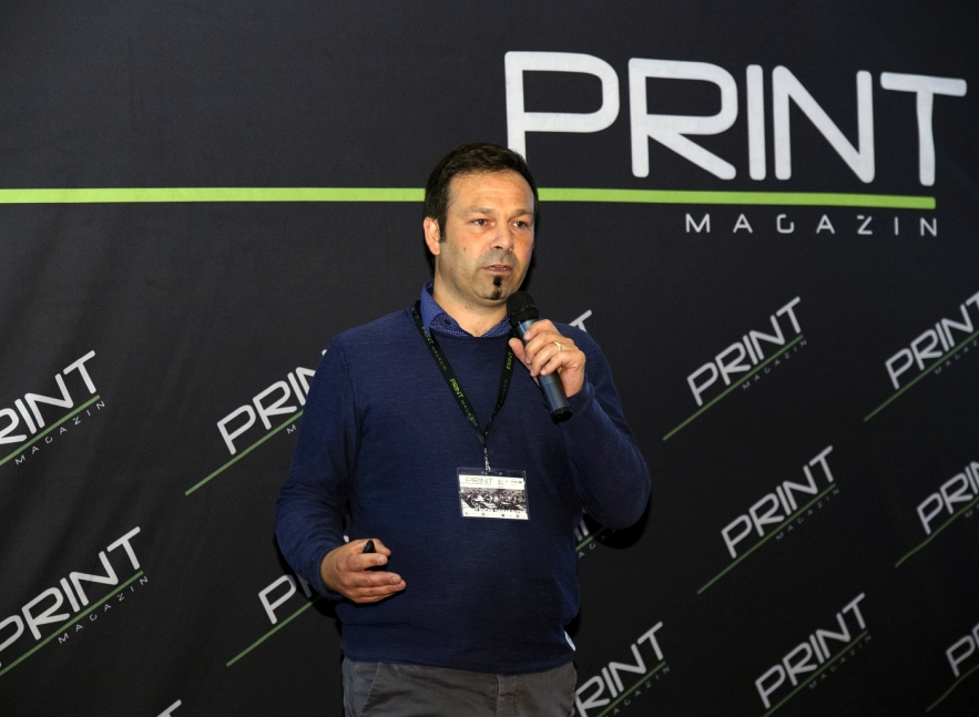 Jochen Christiaens presenting at Print 365 in Zagreb