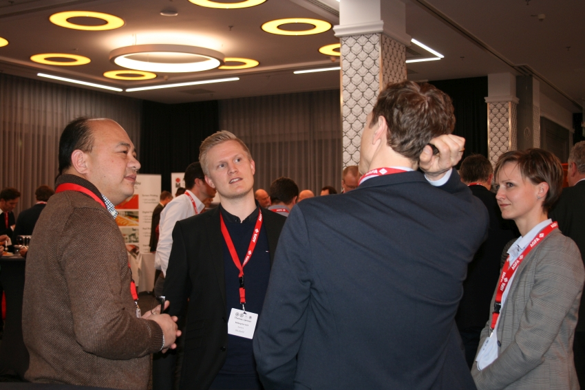 Discussions during the networking dinner